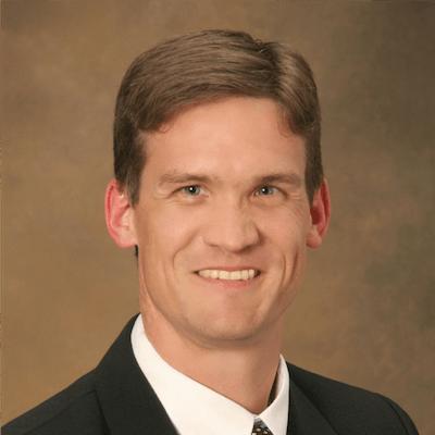 Vascular Specialist Dr. Glade Roper in Visalia, CA